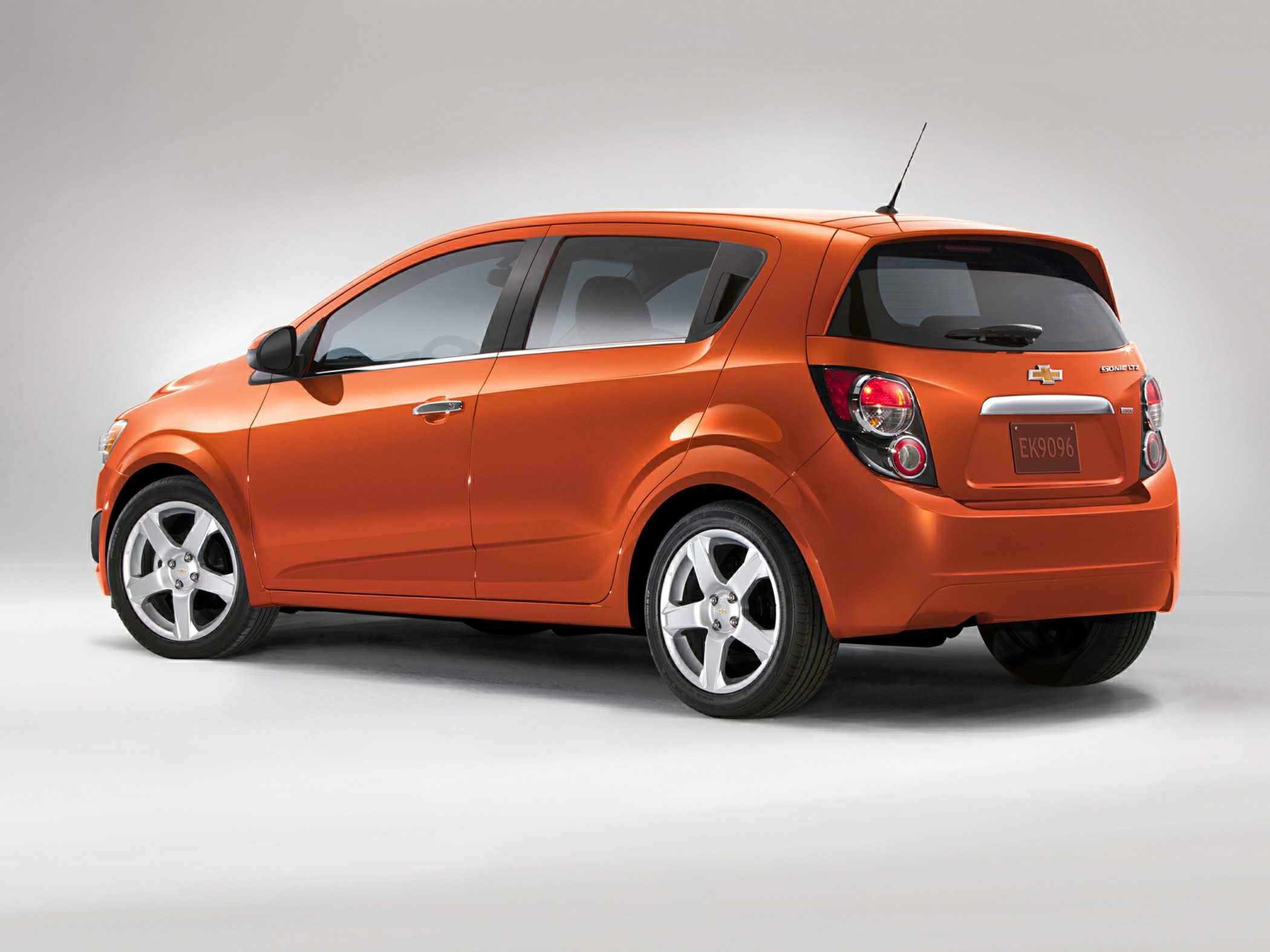 Chevrolet Sonic 2011 - now Hatchback 5 door #5