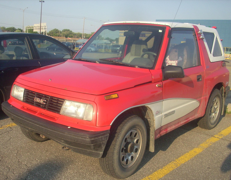 Chevrolet Tracker I 1989 - 1998 SUV 3 door #1
