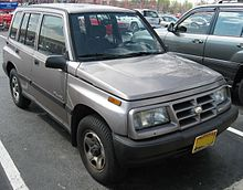 Chevrolet Tracker I 1989 - 1998 SUV 3 door #8