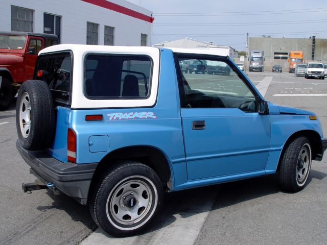 Chevrolet Tracker I 1989 - 1998 SUV 3 door #4