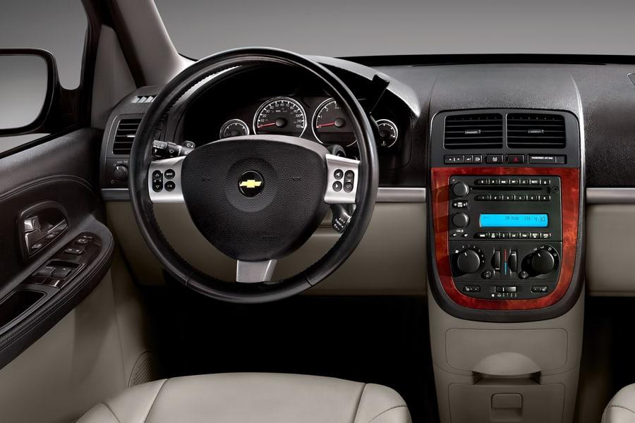 Chevrolet Uplander 2004 - 2008 Minivan #6