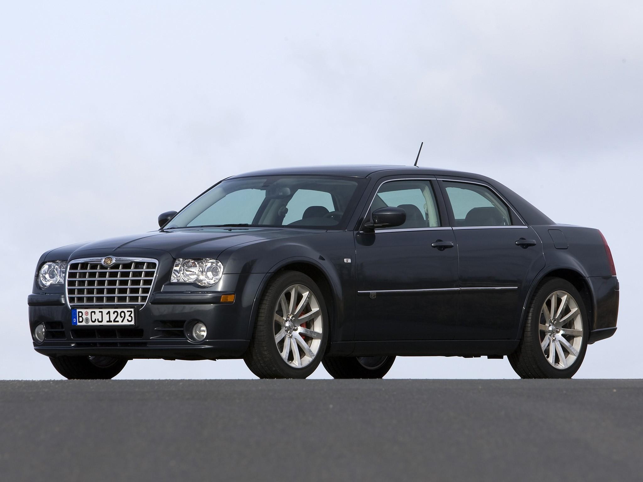 Chrysler 300C SRT8 I 2004 - 2010 Sedan #8
