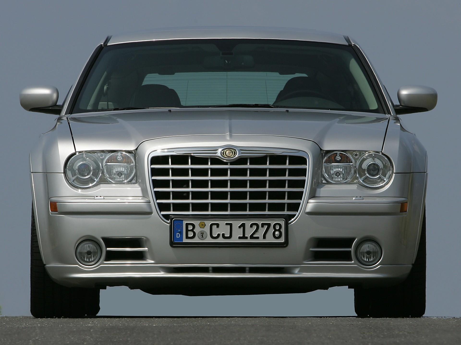Chrysler 300C SRT8 I 2004 - 2010 Sedan #2