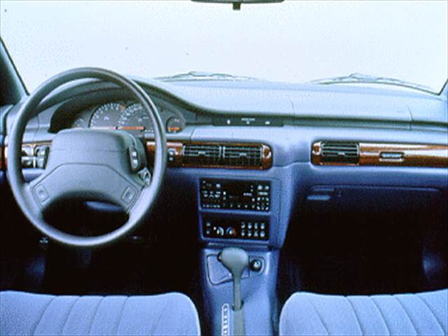 Chrysler Concorde I 1993 - 1997 Sedan #7