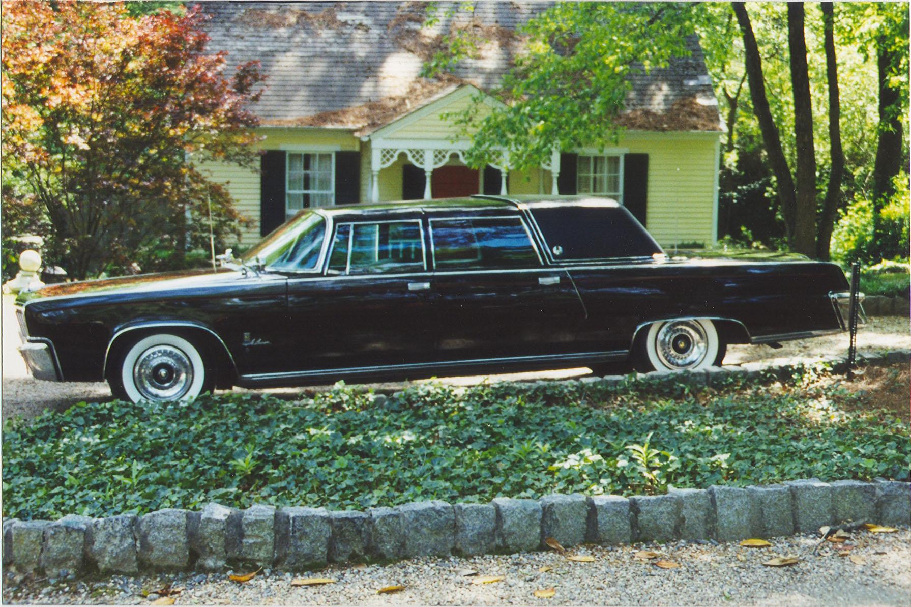 Chrysler New Yorker VI 1960 - 1964 Sedan #5