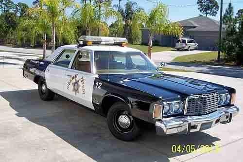 Chrysler Newport VI 1973 - 1978 Sedan #2