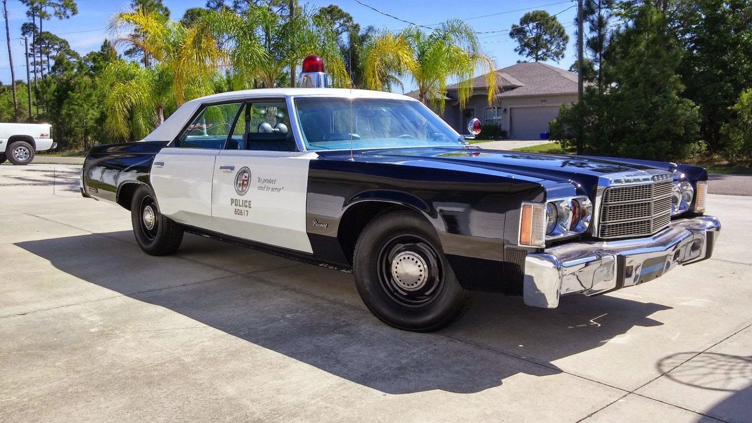 Chrysler Newport VI 1973 - 1978 Sedan #3