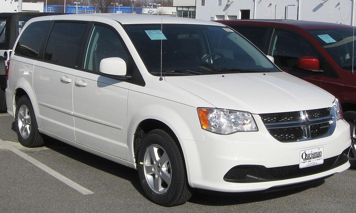 Chrysler Voyager V Restyling 2011 - 2015 Minivan #6