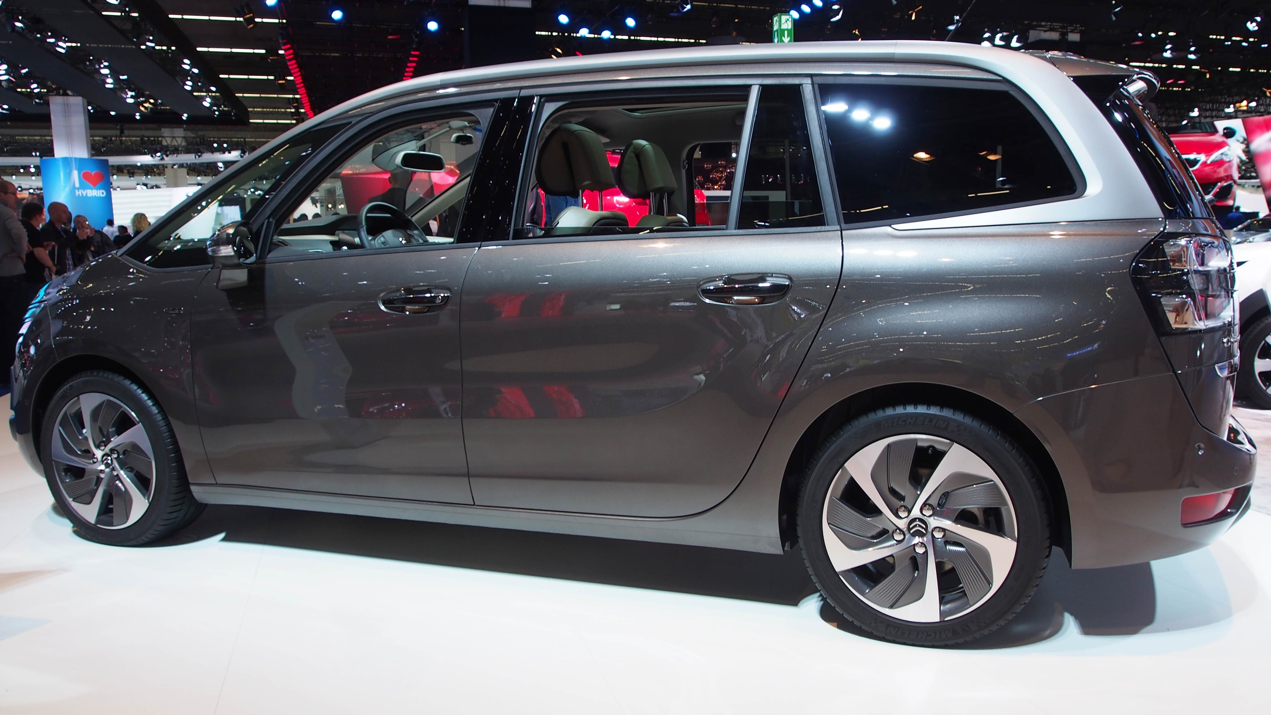 Citroen C4 Picasso II Restyling 2016 - now Compact MPV #2