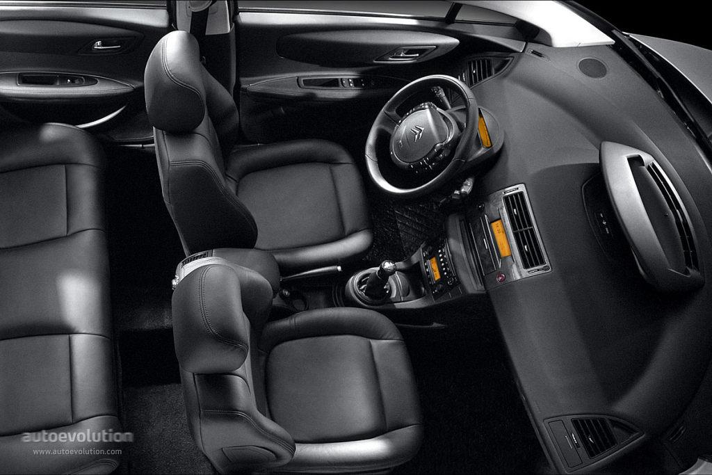 Citroen C-Quatre I 2008 - 2012 Sedan #7