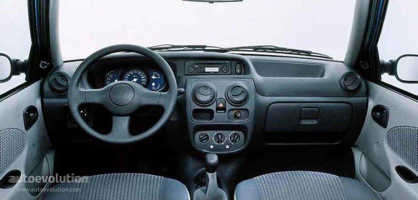 Dacia Solenza 2003 - 2005 Liftback #5