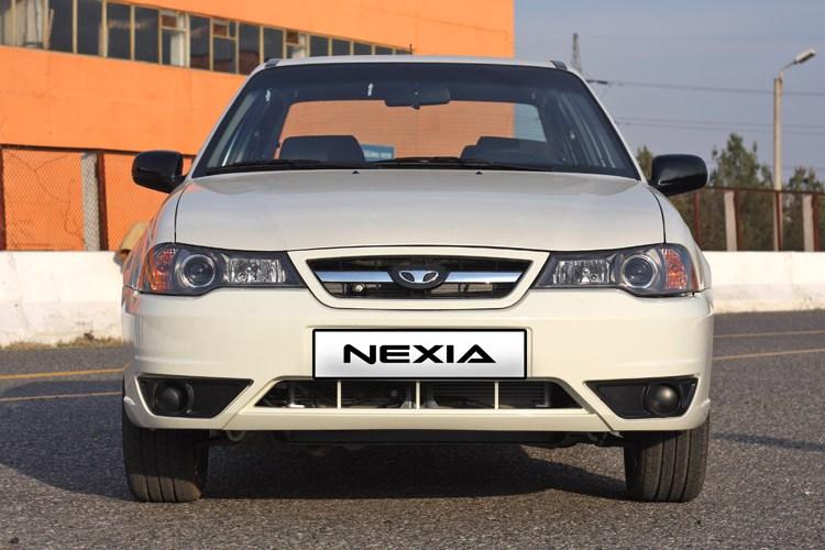 Daewoo Nexia I Restyling 2008 - 2016 Sedan #4