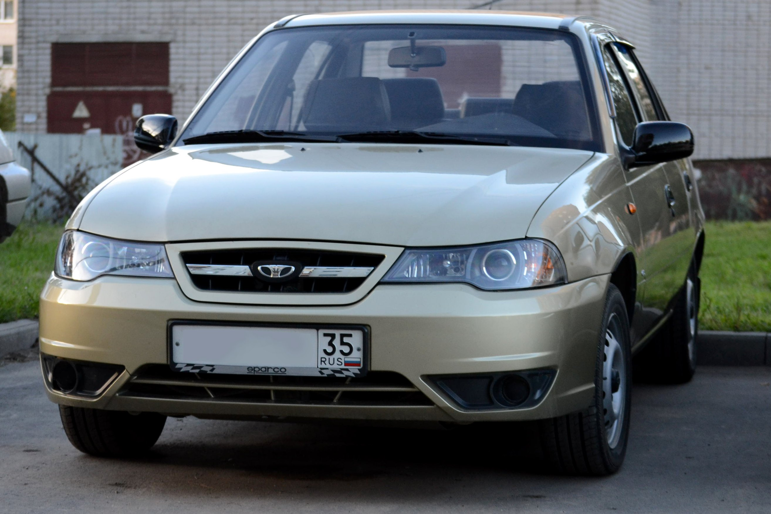 Daewoo Nexia I Restyling 2008 - 2016 Sedan #5