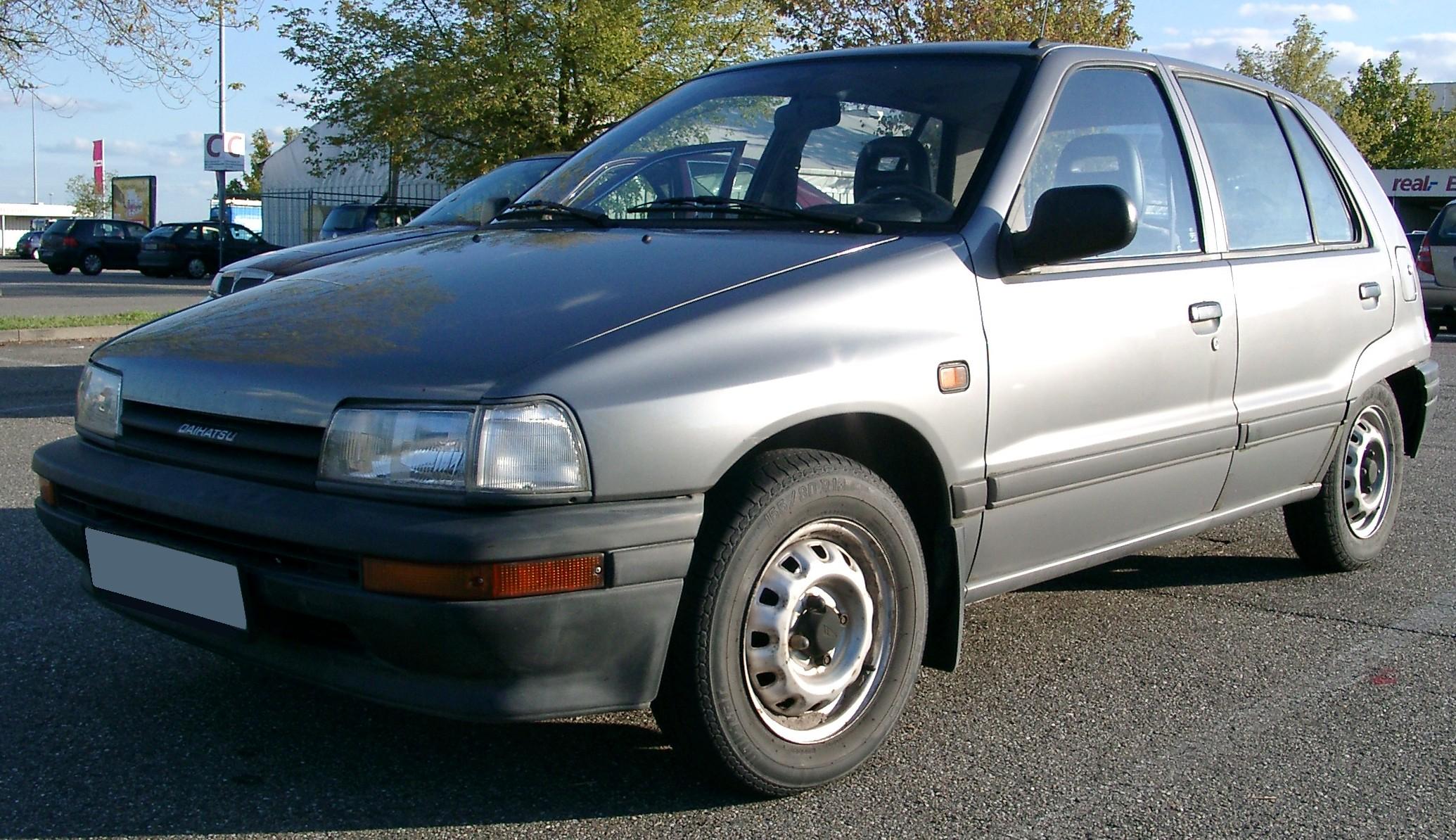 Daihatsu Applause I 1989 - 1997 Liftback #2