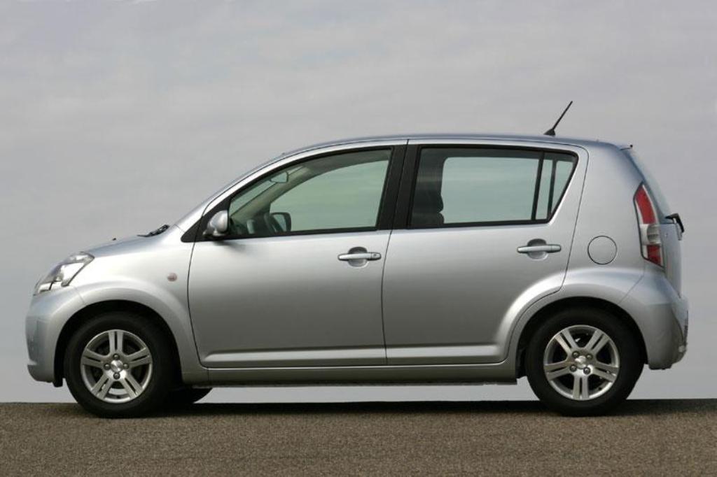Daihatsu Boon II 2010 - 2014 Hatchback 5 door #6