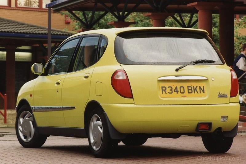 Daihatsu Sirion I (M1) 1998 - 2004 Hatchback 5 door #3