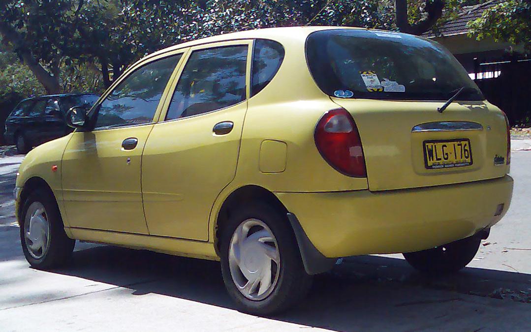 Daihatsu Storia 1998 - 2004 Hatchback 5 door #2