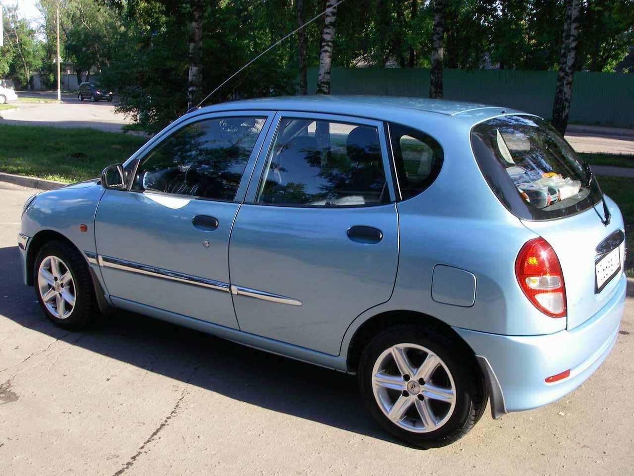 Daihatsu Storia 1998 - 2004 Hatchback 5 door #1