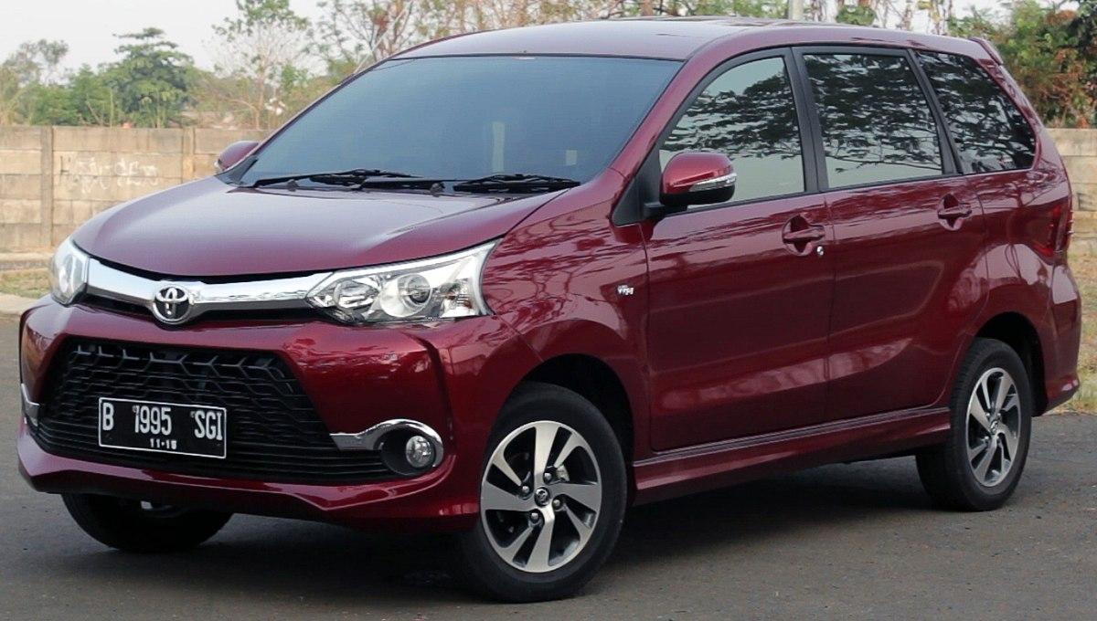 Daihatsu Xenia 2003 - 2011 Compact MPV #1