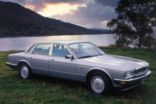 Jaguar XJ II (XJ40) 1986 - 1994 Sedan #7