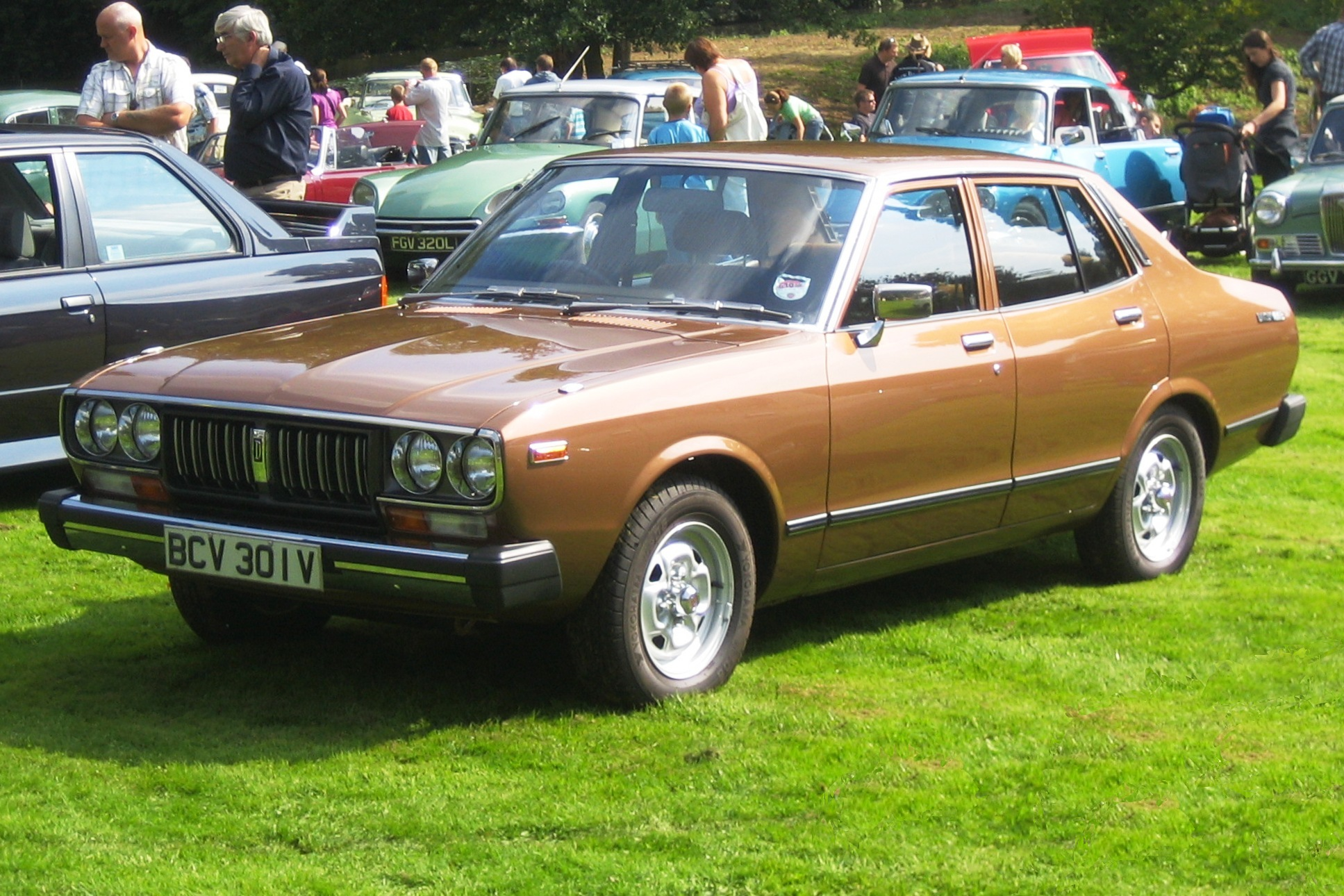 Nissan Bluebird IV (610) 1971 - 1976 Sedan #4