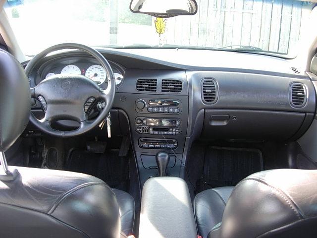 Dodge Intrepid II 1997 - 2004 Sedan #3