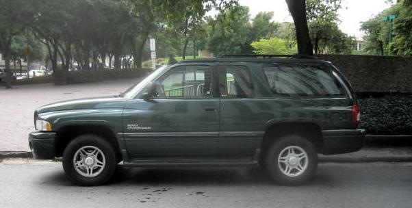 Dodge Ramcharger III 1999 - 2001 SUV 3 door #1