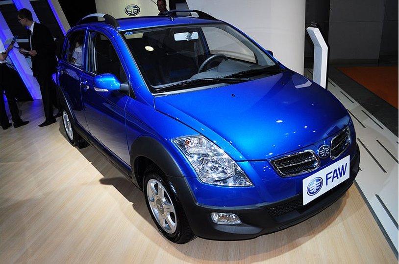 FAW V2 2010 - now Hatchback 5 door #4