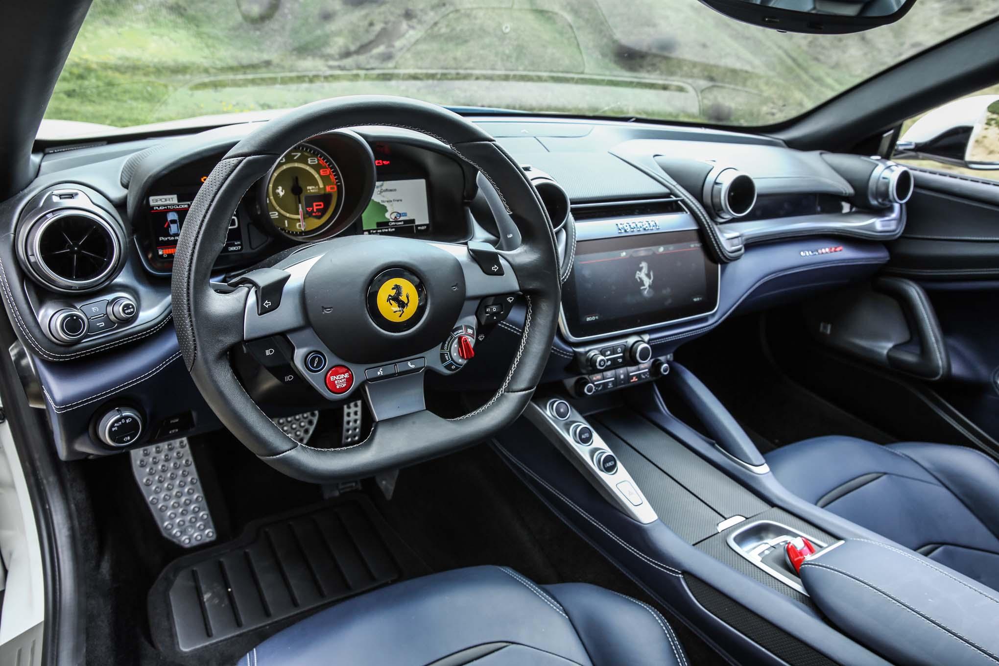 Ferrari GTC4Lusso 2016 - now Hatchback 3 door #7
