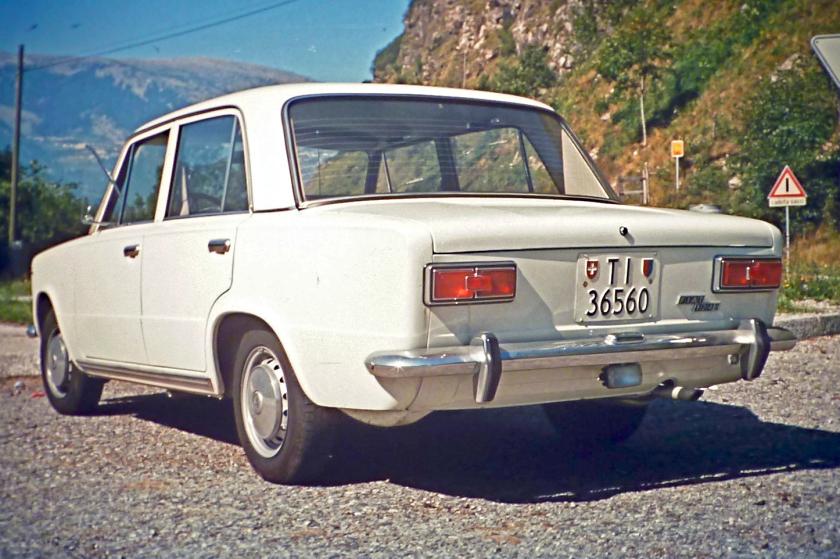 Tofas Murat 124 1966 - 1974 Sedan #4