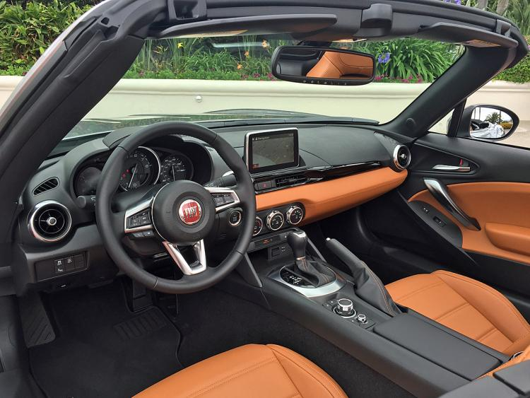 Fiat 124 Spider I 2016 - now Roadster #8