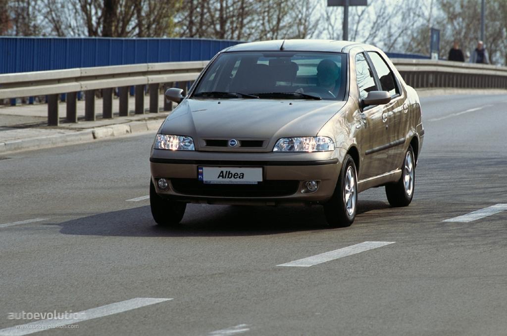 Fiat Albea I 2002 - 2005 Sedan #1