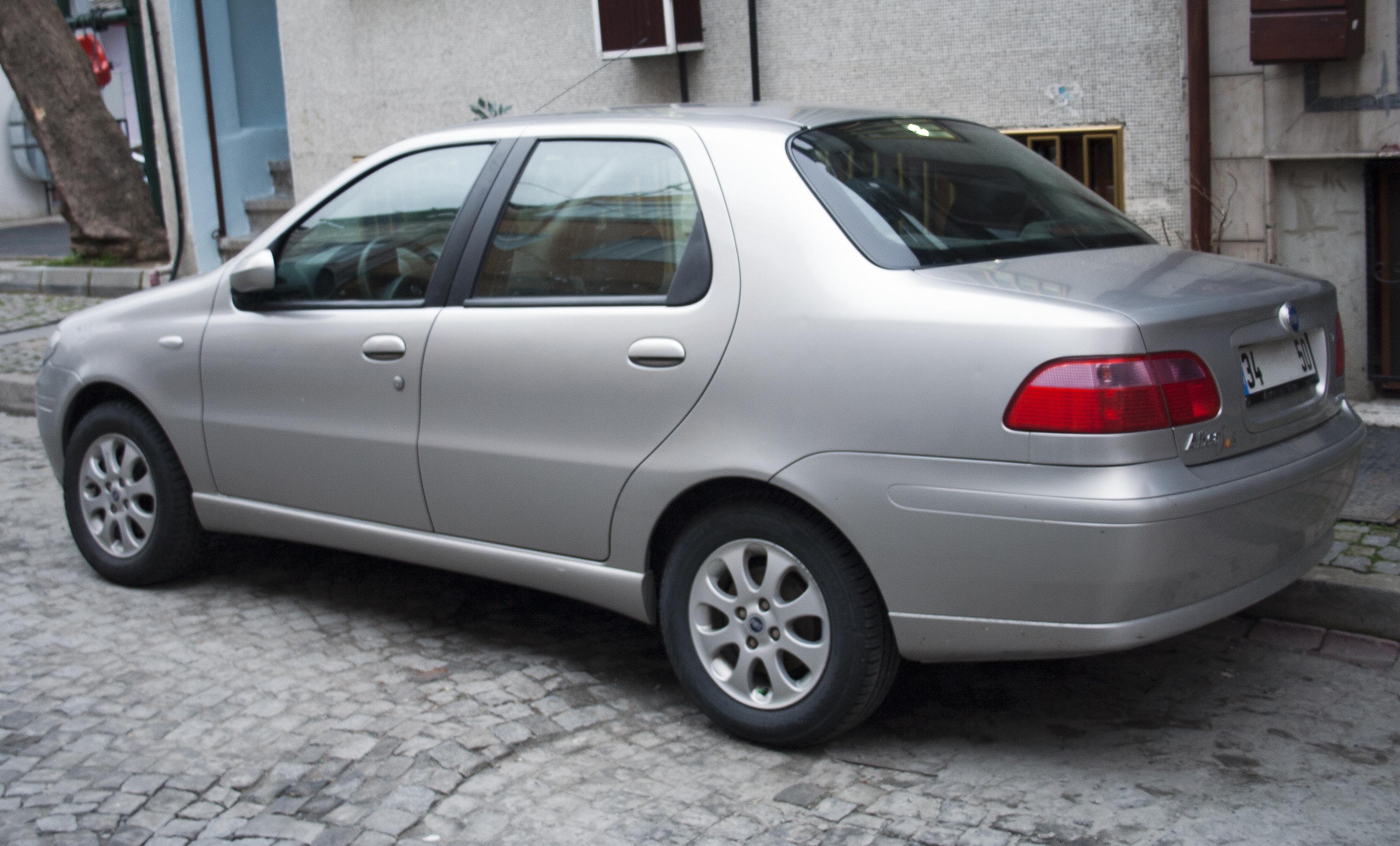 Fiat Albea I Restyling 2005 - 2012 Sedan #2
