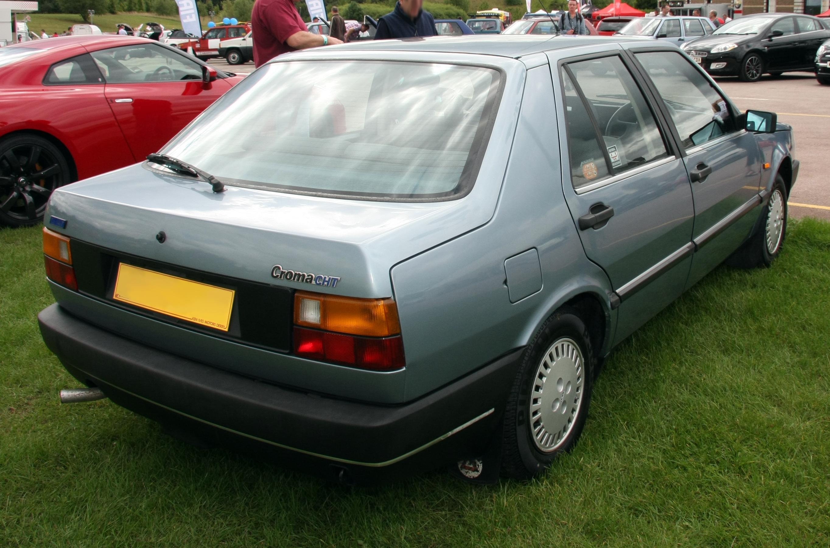 Fiat Croma I 1985 - 1996 Liftback #2