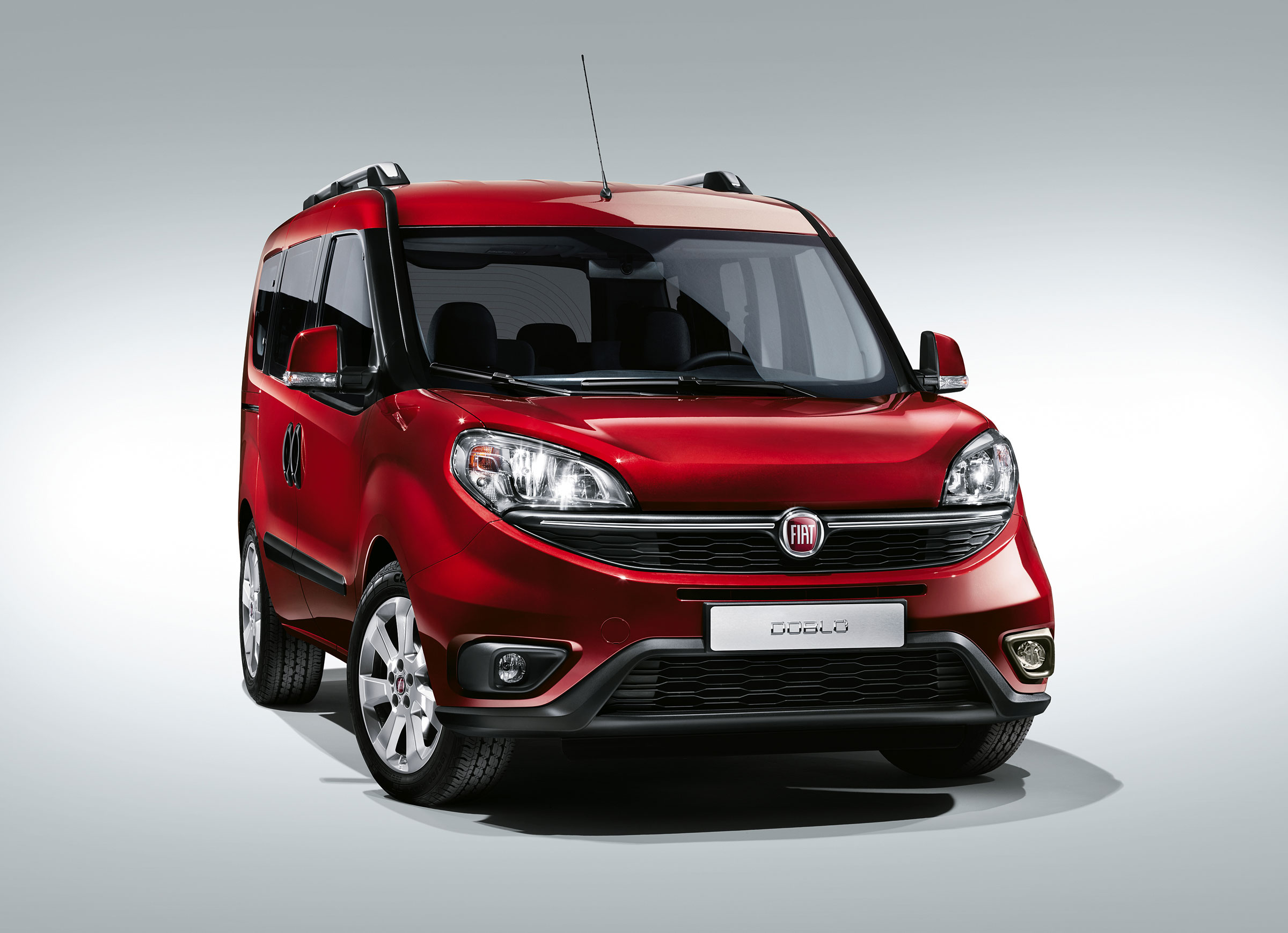 Fiat Doblo II Restyling 2015 - now Compact MPV #2