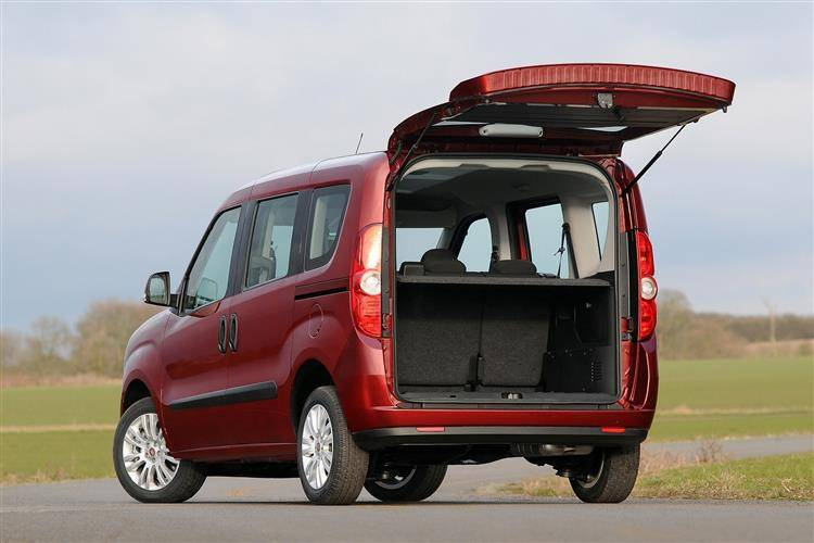 Fiat Doblo II Restyling 2015 - now Compact MPV #1