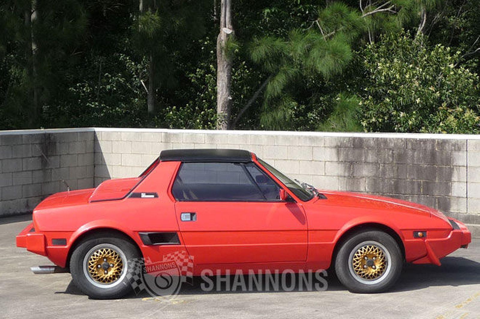 Fiat X 1ǟ 1972 - 1982 Targa #1