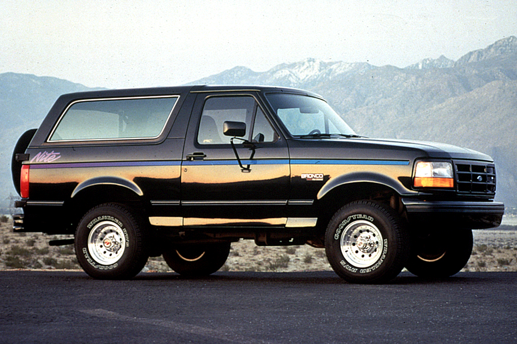 Ford Bronco V 1992 - 1996 SUV 3 door :: OUTSTANDING CARS