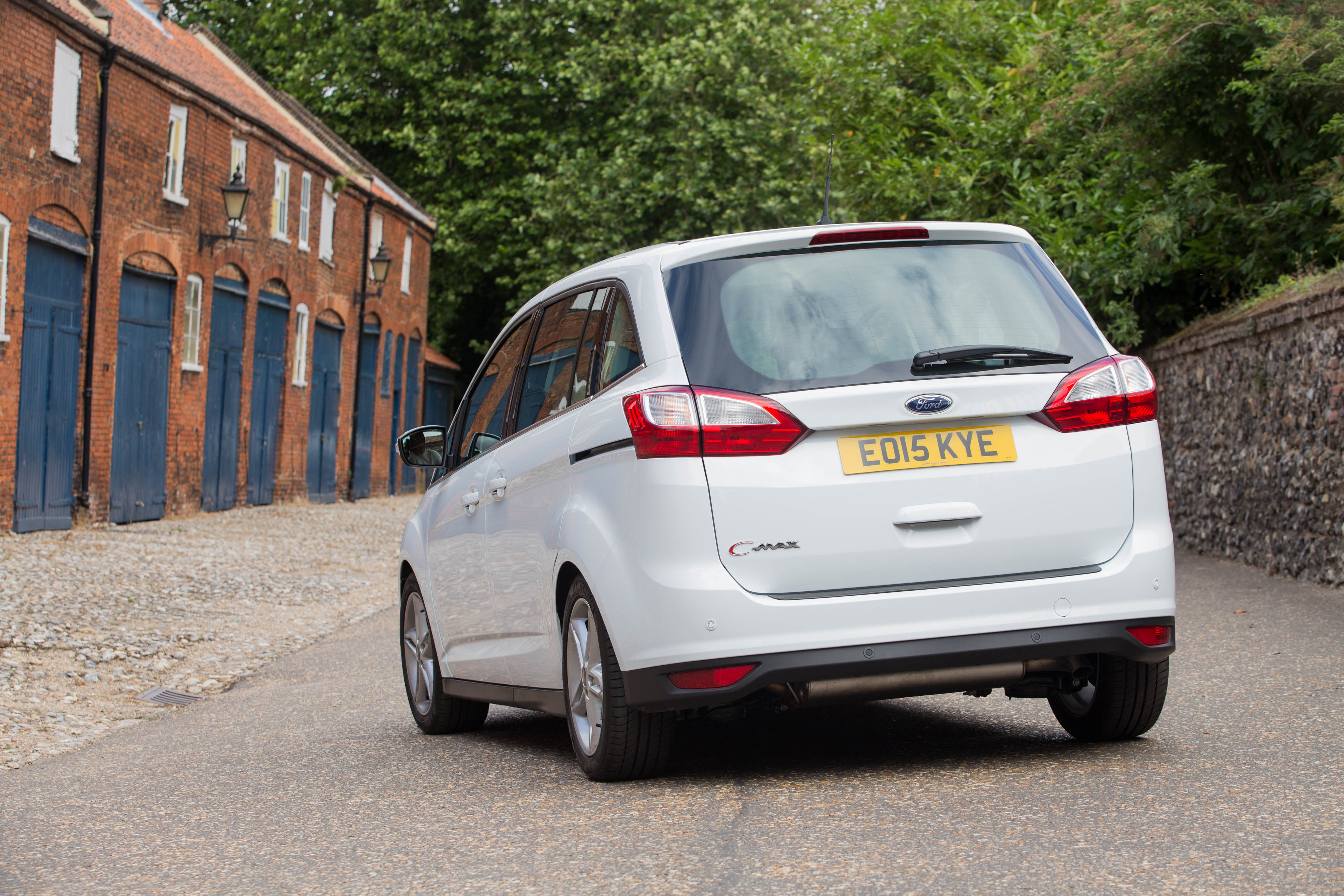 Ford C-MAX II Restyling 2015 - now Compact MPV #2