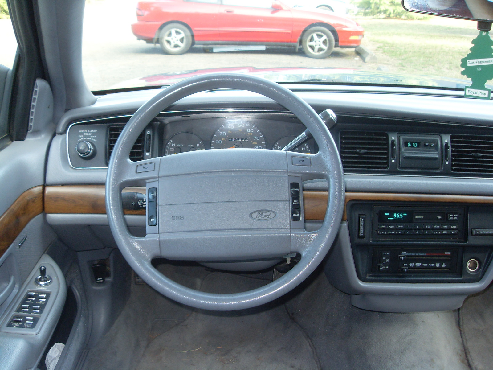 Ford Crown Victoria II 1997 - 2011 Sedan #3