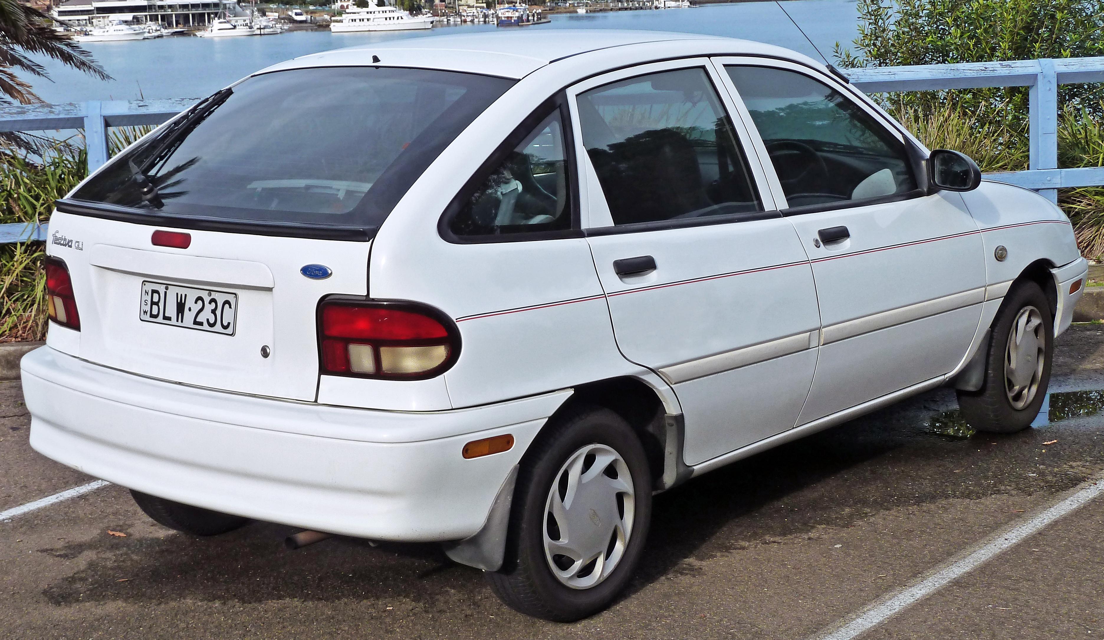 Ford Festiva I 1986 - 1993 Hatchback 5 door #4
