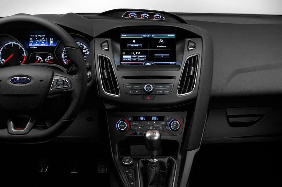 Ford Focus ST III Restyling 2015 - now Hatchback 5 door #7