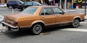 Ford Granada (North America) I 1975 - 1980 Sedan #2
