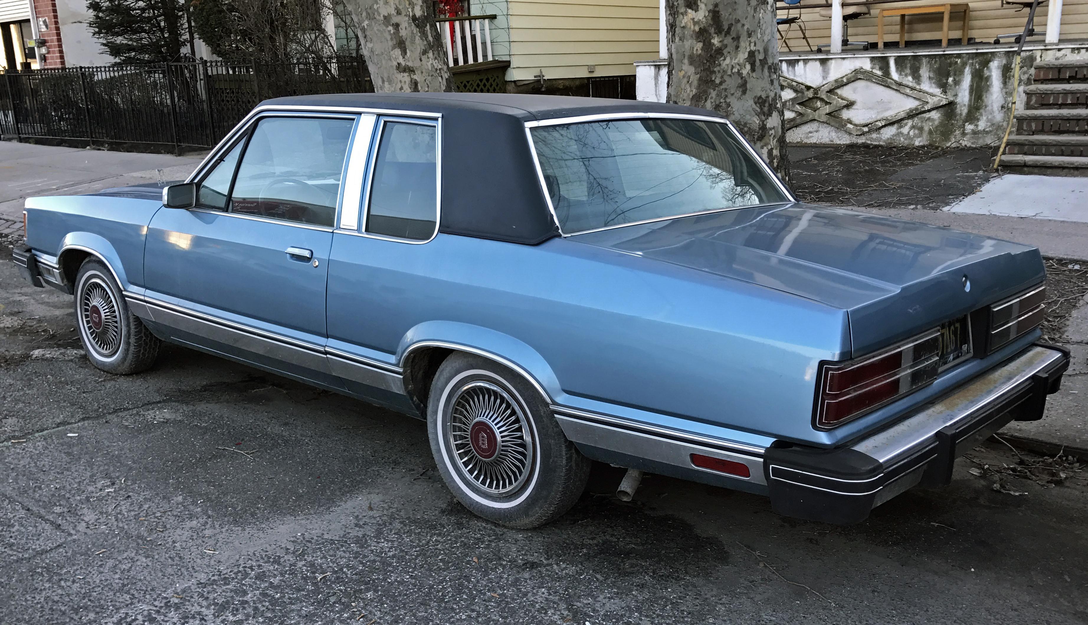 Ford Granada (North America) I 1975 - 1980 Sedan #1