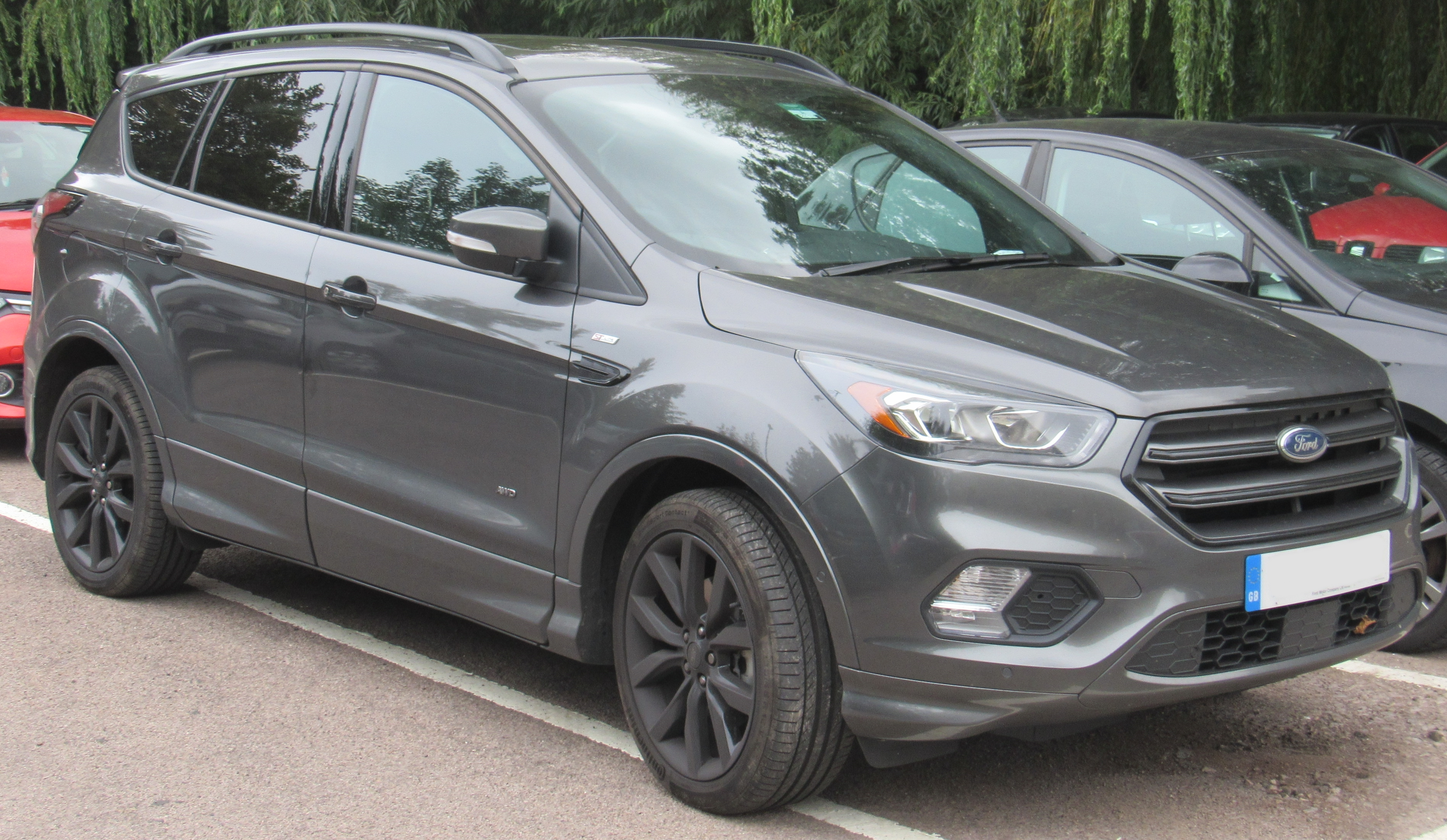Ford Kuga II Restyling 2016 - now SUV 5 door #1