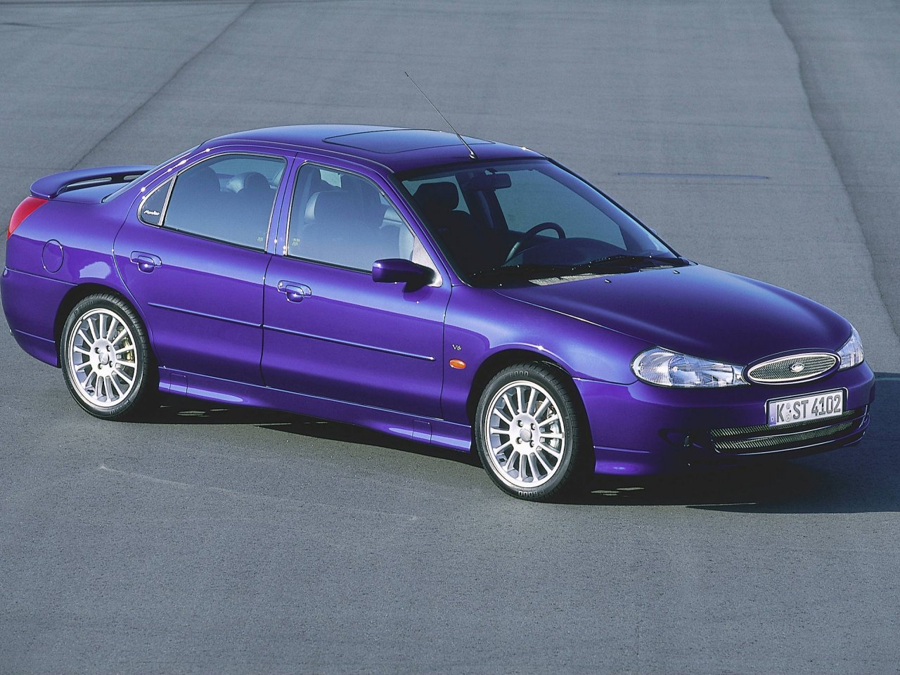 Ford Mondeo ST II 1999 - 2000 Sedan #4