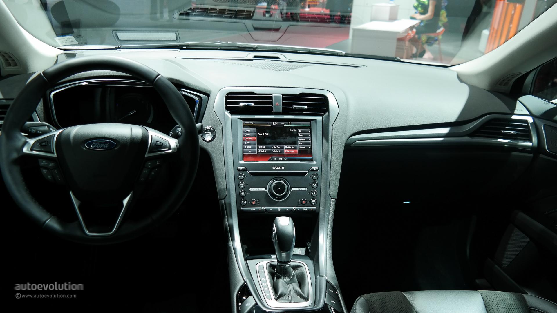 Ford Mondeo V 2014 - now Sedan #4