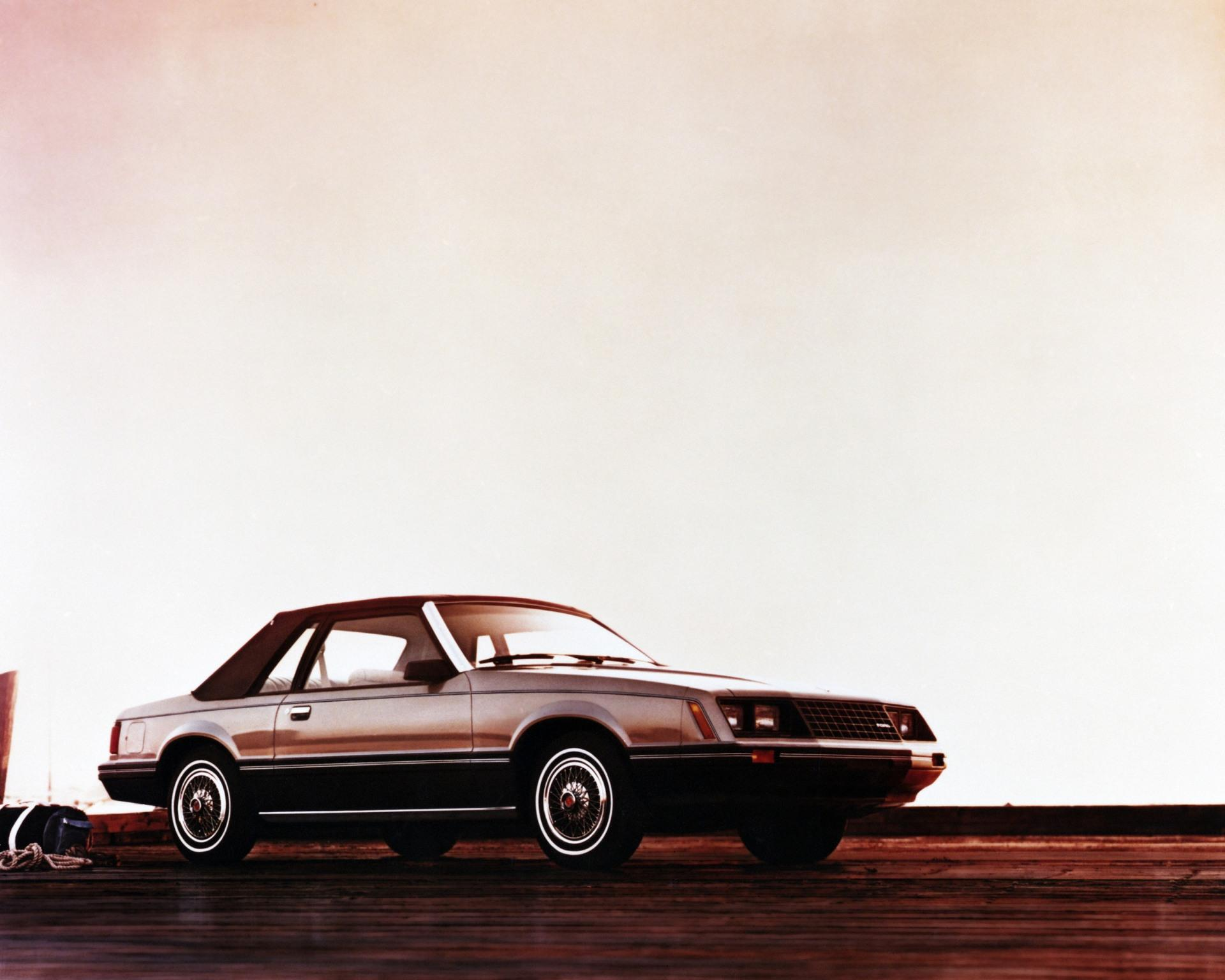 Ford Mustang III Restyling 1986 - 1993 Coupe #4