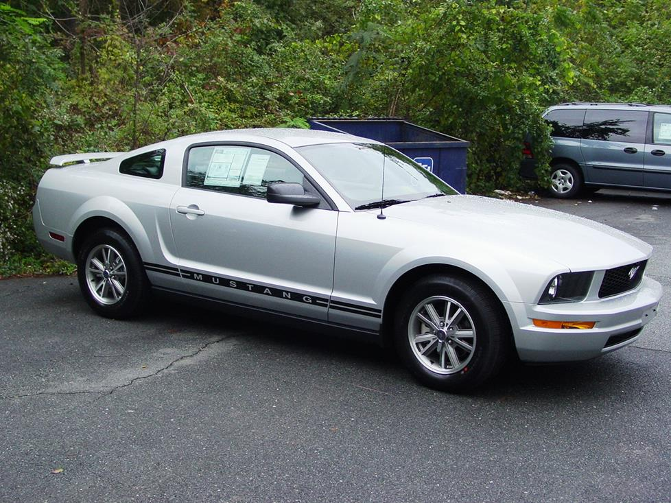 Ford Mustang V 2004 - 2009 Coupe #2