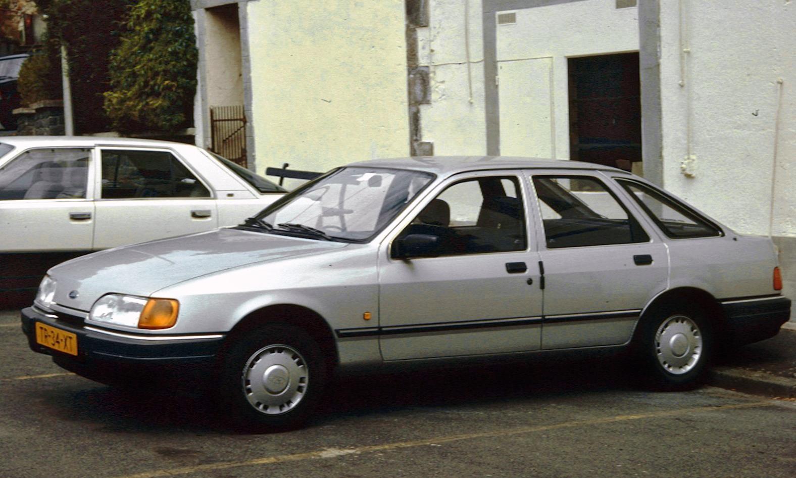 Ford Sierra I Restyling 1987 - 1993 Hatchback 5 door #4